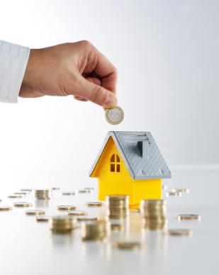 Když finance nestačí a hypotéční závazky utápí